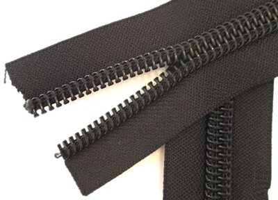 coil zipper adalah